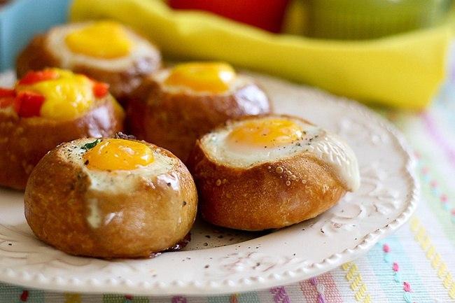 Бутерброды с яйцом и ветчиной